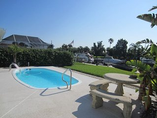 water front,pool,hot tub,fishing,close to beaches