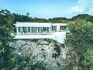Casa Grande   Stunning grand house with breathtaking view in Aguadilla