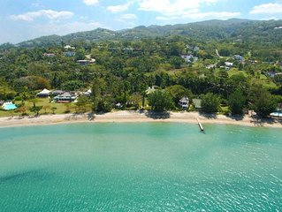 TRANQUILITY ON THE BEACH JAMAICA - Luxury 7 Bed Beachfront Villa in Montego Bay