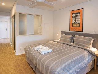 Canal Rocks Beachfront Apartments - 1 BR Executive