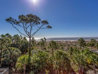 Community Pool, Gulf Front, Great Views ~ Gulfside GEM