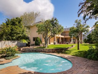 Large and airy Constantia family home with pool