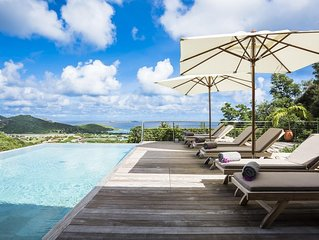 Stunning Views of Saint Jean Bay, Heated Pool, Sunbeds, Sound System, Wine Cella