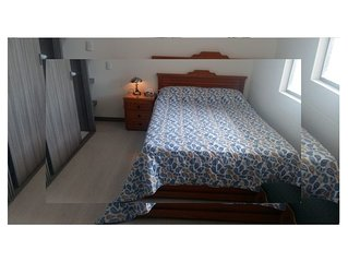 Nice room with double-bed and own bathroom (shower/WC) near University Nacional