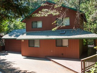 Paulson - Beautiful private home - gorgeous deck and 3 level living.