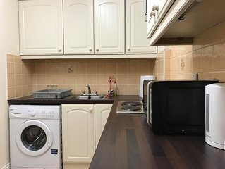 City Center Apartment - great location in D1!
