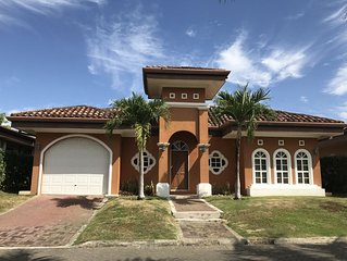 Beachside Private House in Gated community - Walk to the Pool and Beach!