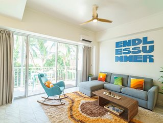 30 seconds to The Ocean! Waikiki Shore, 1 Bedroom with 1 Parking (WS08)
