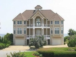 Serene Sound Front Rental on Millionaire's Row in Pirates Cove