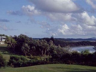 ONONDAGAS - Minnie Water, NSW