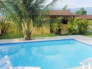 Casas 2 quartos na Praia de Camburi para locação diária, mensal e anual.