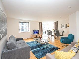 City Centre Spacious 3 Bedroom Apartment in the Heart of Dublin - sleeps 9