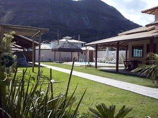 Chale  em Itaipuacu com: churrasqueira,  piscina e WIFI.