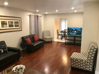 Beautiful Executive Home In Central Mississauga