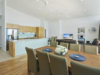 Azure Sea Resort  Penthouse 3brm