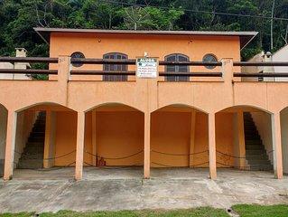 Casa de Praia Loan com 3 quartos e vista para as Montanhas