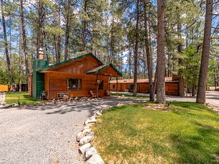 The perfect couple's retreat in Ruidoso's Upper Canyon!  Relax in the private ou
