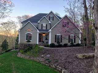 ENTIRE HOUSE - Blue Ridge Beauty! ~1 mile to town