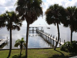 Quiet retreat on the Indian River with private boat dock