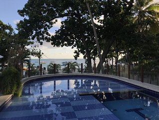 Apartamento luxuoso em frente a Praia do Porto e ao lado o P. Tamar
