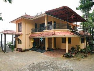 Lush Greenery View Home Stay / Munnar