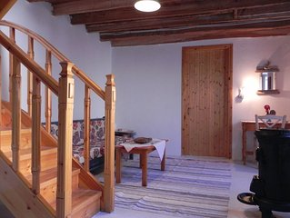TundeArt House in a small, traditional village on Lesvos, for max 4 persons
