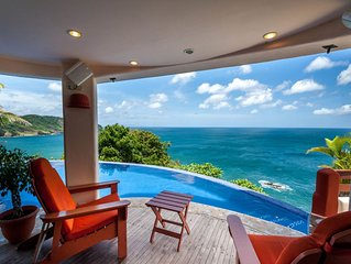 Cliffside Villa Overlooking Ocean, Pool & Cook - Close to Town