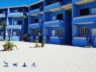 Beach front, balcony w/ sea view, Wifi, kayak+bikes rentals, 'Double room'-AR
