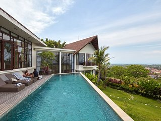 4 BR Villa with Jimbaran Bay View, Near GWK. FREE Car & Driver 8hours/day