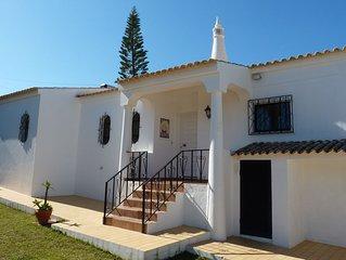 Detached 3 en-suite bedroom villa with private pool, ocean views & beach nearby