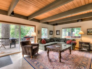 Cozy Cottage right next to creek, 2min to Homewood, Walk to Lake, Private HOA Pi