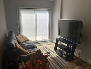 Brand New Luxury 3 Bedroom Apartment Downtown Toronto!
