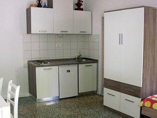 Apartments Kovoc Komiza- Apartment Josip