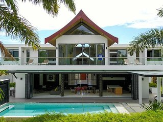 Villa Of Champions 5BR Sleeps 10 w/ Football Pitch & Pool in Phuket