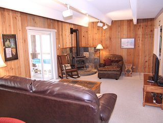 XMAS is Available!  Great walk-to-the slopes location, new Pool, & Hot Tubs!