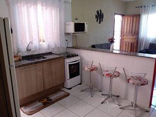 Casa Aconchegante à 500mts da Praia em Itanhaém. Confira.