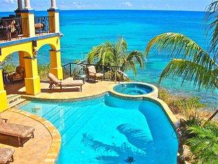 Romantic ocean front luxury, seaside hot tub, large pool/ waterslide &free WIFI