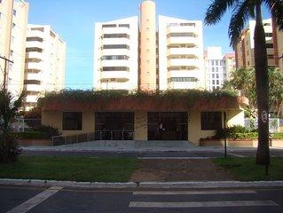 Apto duplex/cobertura para 8 pessoas -2 quartos. 2 salas, 3 banheiros.