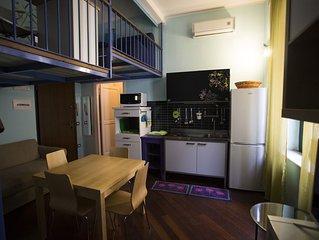 Suite ' San Matteo 'Al centro di Salerno .Duomo 10 mt. WI FI  e  GARAGE GRATUITI