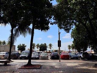 Studio na Avenida Atlantica de frente para a praia de Copacabana!