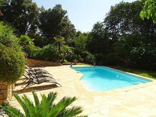 Villa avec piscine pour 8 personne, clim, tout confort, vue degagee