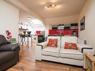 Central Buxton cosy and quiet Apartment within easy reach of holiday attractions