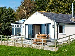 Ridge Top - Two Bedroom House, Sleeps 4