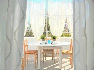 Coquet appartement avec terrasse, deux pièces pour 5 : à 150 m de Livadia beach