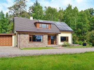4 bedroom accommodation in Gairlochy Bay, near Spean Bridge