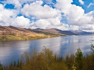 Park Cottage - Traditional Croft Cottage With Beautiful Views Across The Loch