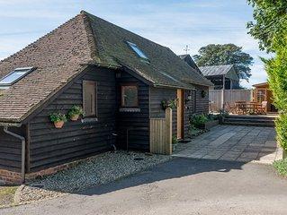 3 bedroom accommodation in Elmsted, near Ashford