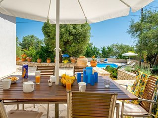 Villa Emmy, Paxos - 3 bedrooms with private pool & Wi-Fi
