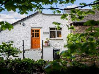Barn End - One Bedroom House, Sleeps 2