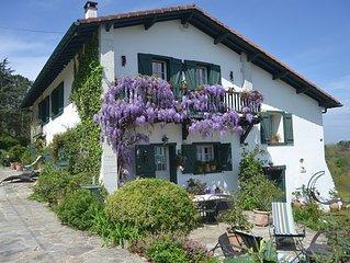 F3 ds ferme basque XVIIème siècle charme propriété de 3 hectares